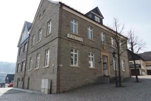 Rathaus Hallenberg Holzfenster Haupteingang